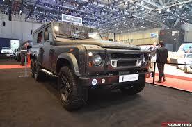 kahn land rover defender 110 geneva 2015 kahn design flying huntsman 110 wb 6x6 concept gtspirit
