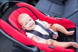 comment attacher siège auto bébé comment installer un siège auto correctement