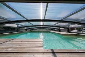 construire son jacuzzi accueil côté piscine