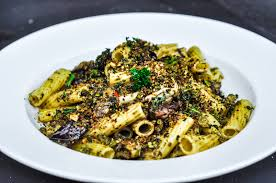 cap cuisine en 1 an ink cap pasta with pesto and kale and pistachio pangrattato