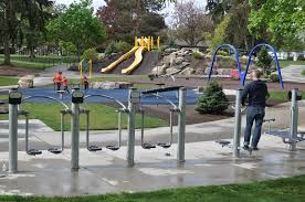 work it out 7 seattle area parks that help parents and kids stay