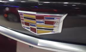 logo cadillac 2017 cadillac xt5 live pictures u0026 gallery gm authority