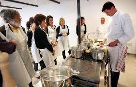 ecole de cuisine 17 ecole de cuisine au piano comme un chef 17 10 2007 ladepeche fr