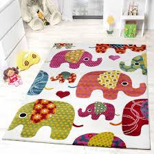 teppich kinderzimmer kinderzimmer gestaltungsbeispiele motive bunten elefanten oberhalb