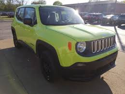 new jeep renegade green 2018 jeep renegade sport 4x4 in sandusky oh stcj18276