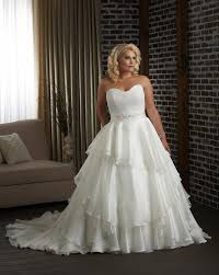 plus size sweetheart ball gown wedding dress with