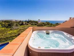 chambre avec bain a remous appartement de luxe de deux chambres avec bain à remous et privée