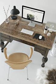 Office Decor Pinterest by Best 25 Classic Desks Ideas On Pinterest Annie Chalk Paint