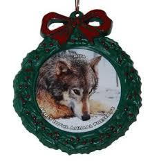 wolf wreath ornament nita