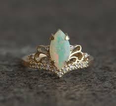 Opal Wedding Ring by Best 25 Opal Engagement Rings Ideas On Pinterest Pretty Rings