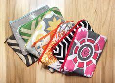 how to make a zippered pouch a diy tutorial zipper pouch