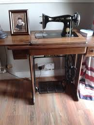 Singer Sewing Machine Desk Singer Sewing Machine Hometalk