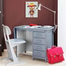 bureau pour enfant quelle le de bureau choisir pour un enfant astuces déco