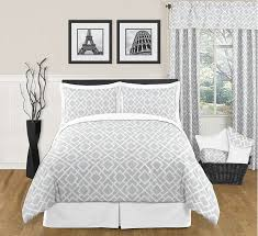 Bedroom Linens And Curtains Fancy Bed Linen Choose U2013 Part According To The Zodiac Sign 1