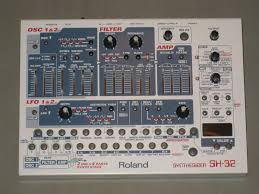 infrequent sound tex technology roland sh 32 synthesizer