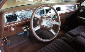 1998 Crown Victoria Interior 1983 Crown Victoria Sitting On The Hump In The Front Seat Of My