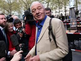 Labour S Anti Semitism Row Explained Itv Labour Extends Ken Livingstone S Suspension Antisemitism Claims