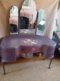 Shabby Chic Vintage Furniture by 50 Best Painted Shabby Chic Decoupage Dressing Tables Images On