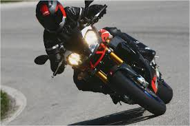 aprilia tuono 1000 r factory manual review motorcycles catalog