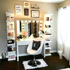 Lighted Bedroom Vanity Gorgeous Bedroom Vanity With Lighted Mirror Plain Design Mirrors