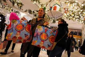 macy s best black friday deals black friday bargain hunters battle crowds to save big across nyc