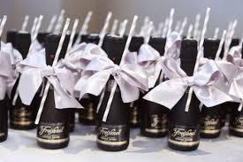 cool wedding favors 27 coolest drinkable wedding guest favors weddingomania