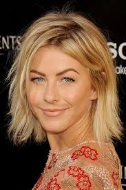julianne hough shattered hair 15 hairstyles perfect for embracing your thick hair shoulder