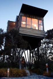 Real Treehouse 10 Epic Treehouses Cooler Than Your Apartment