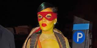 ninja turtle spirit halloween 12 times popstars absolutely nailed their halloween costumes