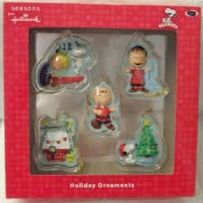 peanuts snoopy brown mini hallmark ornament set