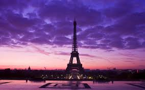 Eiffel Tower Wallpaper For Walls Eiffel Tower Wallpaper On Wallpaperget Com