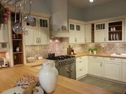 kã che im wohnzimmer landhauskuchen weiss landhauskuchen aus polen landhauskuche