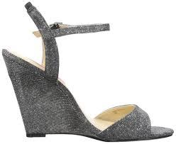 amazon com betsey johnson women u0027s duane wedge sandal platforms