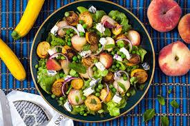 cara membuat salad sayur atau buah resep salad untuk diet anda