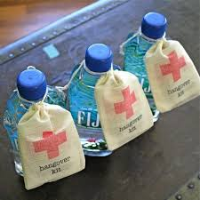 party favors for wedding wedding party favors best 25 wedding favors ideas on
