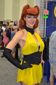 adrianne curry images comic con cosplay silk spectre adrianne curry selfie photographie
