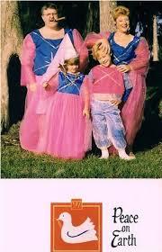 creepy awkward family christmas photos ii 25 funny pics team