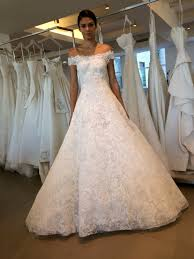 oscar de la renta lace wedding dress the for brides page 2