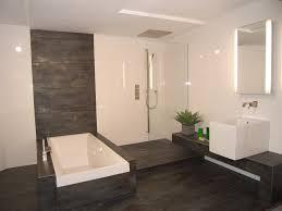 luxus badezimmer fliesen luxus badezimmer grau 100 images bad braun grau zierlich auf