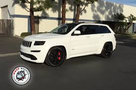 srt jeep 2016 white jeep srt wrapped in 3m satin white wrap wrap bullys