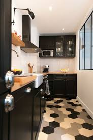 pour cuisine cuisine carreaux ciment 12 photos de cuisines tendance côté maison