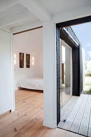 extension chambre extension bois par niney et marca architectes à ambon 56