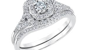 ring great small diamond missing from ring charismatic small