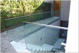 windschutz balkon plexiglas windschutz fur balkon plexiglas hauptdesign