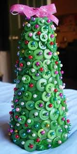weekend diy button christmas tree