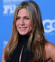 dr jennifer haircut top 10 shocking pictures of jennifer aniston without makeup