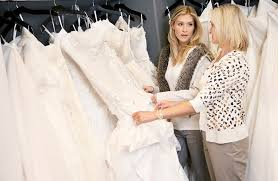 wedding dress sle sales november is the best to save on cookware and wedding