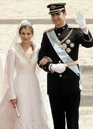 Wedding Dress Man The Deisgner Of Queen Letizia Of Spain U0027s Wedding Dress Manuel