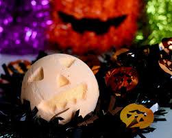 halloween bath bomb lush halloween 2016 rebecca coco