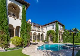 Pictures Of Luxury Homes by Islands Of Cocoplum Offers Exclusive Luxury Homes In Coral Gables